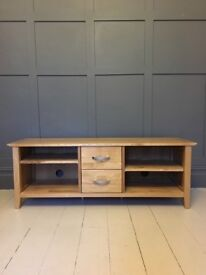 OAK TV UNIT GOOD CONDITION TV STAND