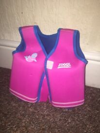Zoggs swimming float jacket