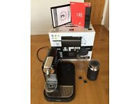 NESPRESSO Magimix CitiZ M190 Coffee Machine With Aeroccino Milk Frother in Black