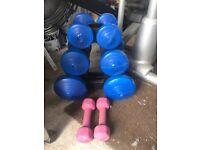 Set of dumbells 1.1kg x 2 2.3kg x 2. 4.5kg x 2 plus additional USA Pro 2kg x2