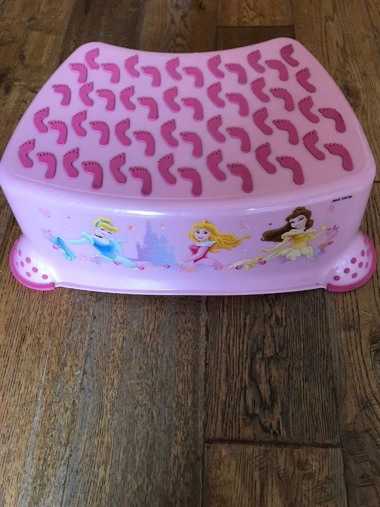 Terrific Disney Princess Step Stool In Halifax West Yorkshire Gumtree Gmtry Best Dining Table And Chair Ideas Images Gmtryco