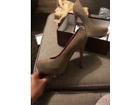 Khaki heels size 7 brand new