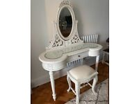 Beautiful Dressing table with mirror and stool