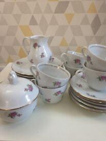 Vintage tea set rose pattern circa 1950s
