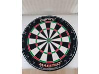Unicorn maestro bristle dart board