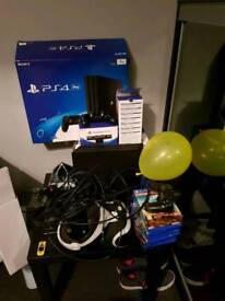 PS4 VR c/w box & demo disc. VR headset only