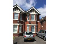 Newly decorated 1 Bedroom Ground Floor Flat ***AVAILABLE NOW***