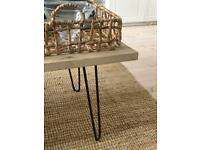 Industrial-style cast iron hairpin table legs