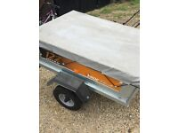 122 erde trailer good condition, 4ft x 3ft comes with waterproof cover,all electrics are working