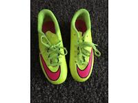 Nike Mercurial football boots boys size 2.5