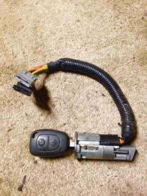 Vauxhall vivaro /Renault trafic ignition switch lock and key
