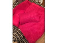 M&S Red Throw and 2 Matching scatter cushions