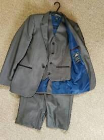 Grey 3piece suit aged 11