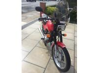 Honda cg125 red 2001 full mot low miles