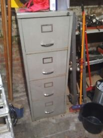 Filing cabinet - 4 drawers