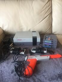 NINTENDO NES CONSOLE WITH 6 GAMES
