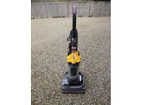 Dyson DC33 - with all tools and instructions - excellent condition