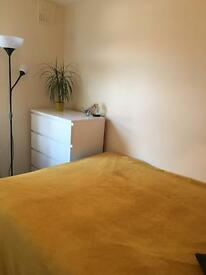 Double room for single person 5min from Clapham North 750/included all bills