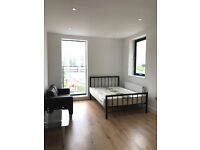 Large studios availabel right now next to Brent Cross Shopping Center ... great Bargain