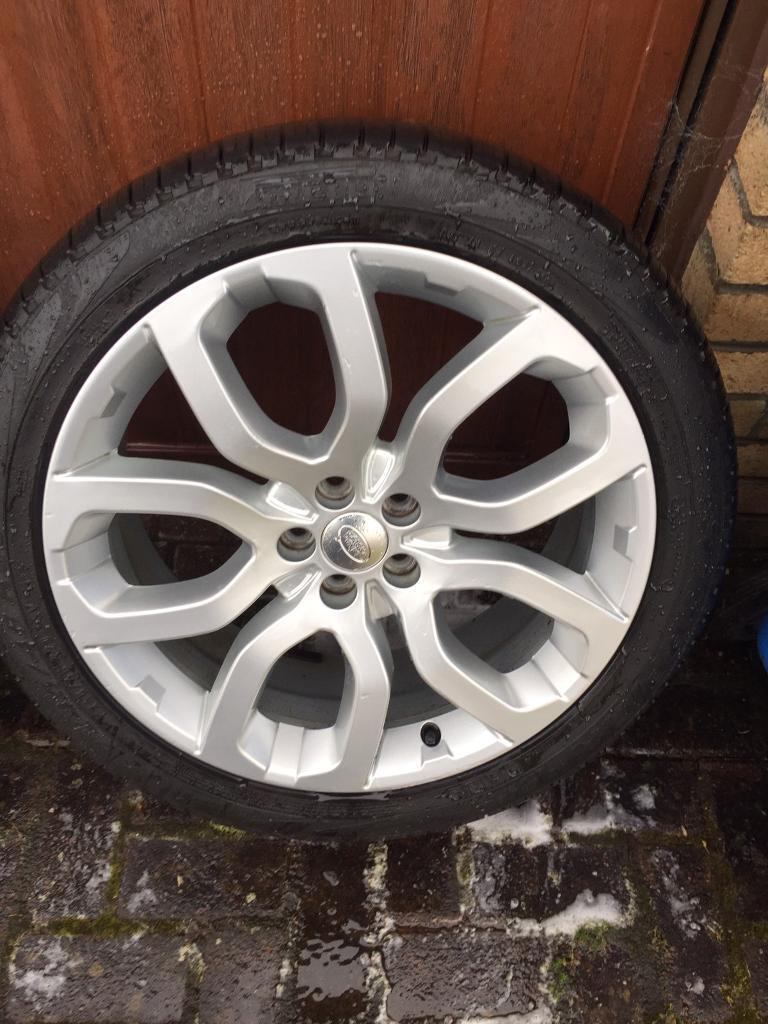 """Range Rover Evoque / Discovery Sport 20"""" alloy wheels and tyres"""