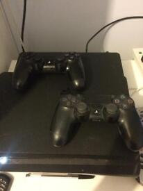 PS4 console 1TB, MWR, IW, UFC2, 2 Controllers