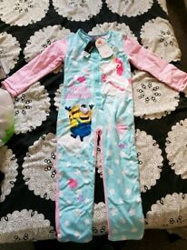 BNWT 5-6 yrs Minions/unicorns reversible onesie