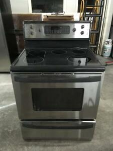 122- Cuisinière STAINLESS KENMORE Stove