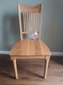 Oak solid wood chair / Ex Display