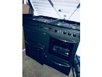 8 burner double oven immaculate