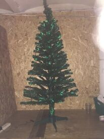 6 Foot Green Christmas Tree As New With Sequenced Multi Coloured Fibre Optic Lights
