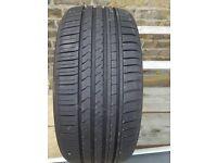 WINRUN tyre 245/40ZR18 97W XL