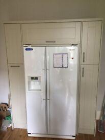 Selling Samsung Fridge Frizzer American + kitchen unit from Magnet Kitchen