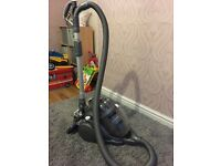 Dyson cyclone hoover