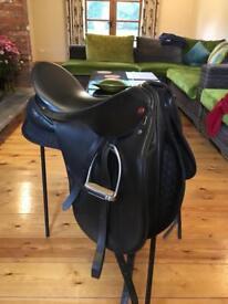 Albion SLK Dressage Saddle Black 17inch
