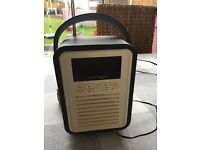 Quest DAB radio