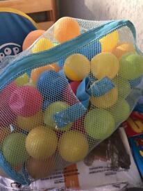 Colourful balls bag £3
