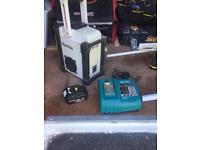 Marita site radio. 3ah battery and charger