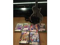 Xbox 360 Elite, 2 controllers & charging cradle, Kinect and Wireless les Paul