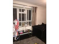 2 bed flat in Eltham looking for another 2 bedroom