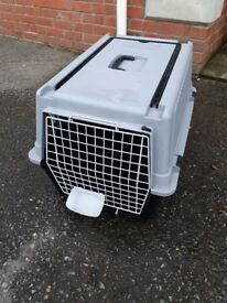 Pet transporter/ carry box