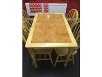 Dining table with 4 chairs, FANTASTIC CONDITION