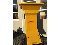 Wood Chipper - electric - perfect working order and very good condition