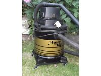 Goblin Aquavac Hoover (Wet & Dry) 1000w Good Con.