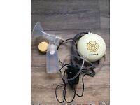 Medela Steriliser and Electric Pump Bundle