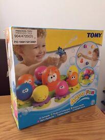 Tomy Aqua Fun Octopals bathtime toys
