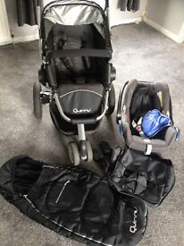 Quinny Buzz Pushchair & Accessories & Maxi Cosy Car Seat