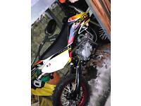 Stomp YX 160