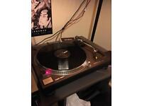 Technics turntable SL1210 mk2