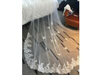 Sold.Lace veil. Off white. 3m x 3m. New condition