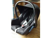 MAXI COSY CAR SEAT 0 - 12 MONTHS